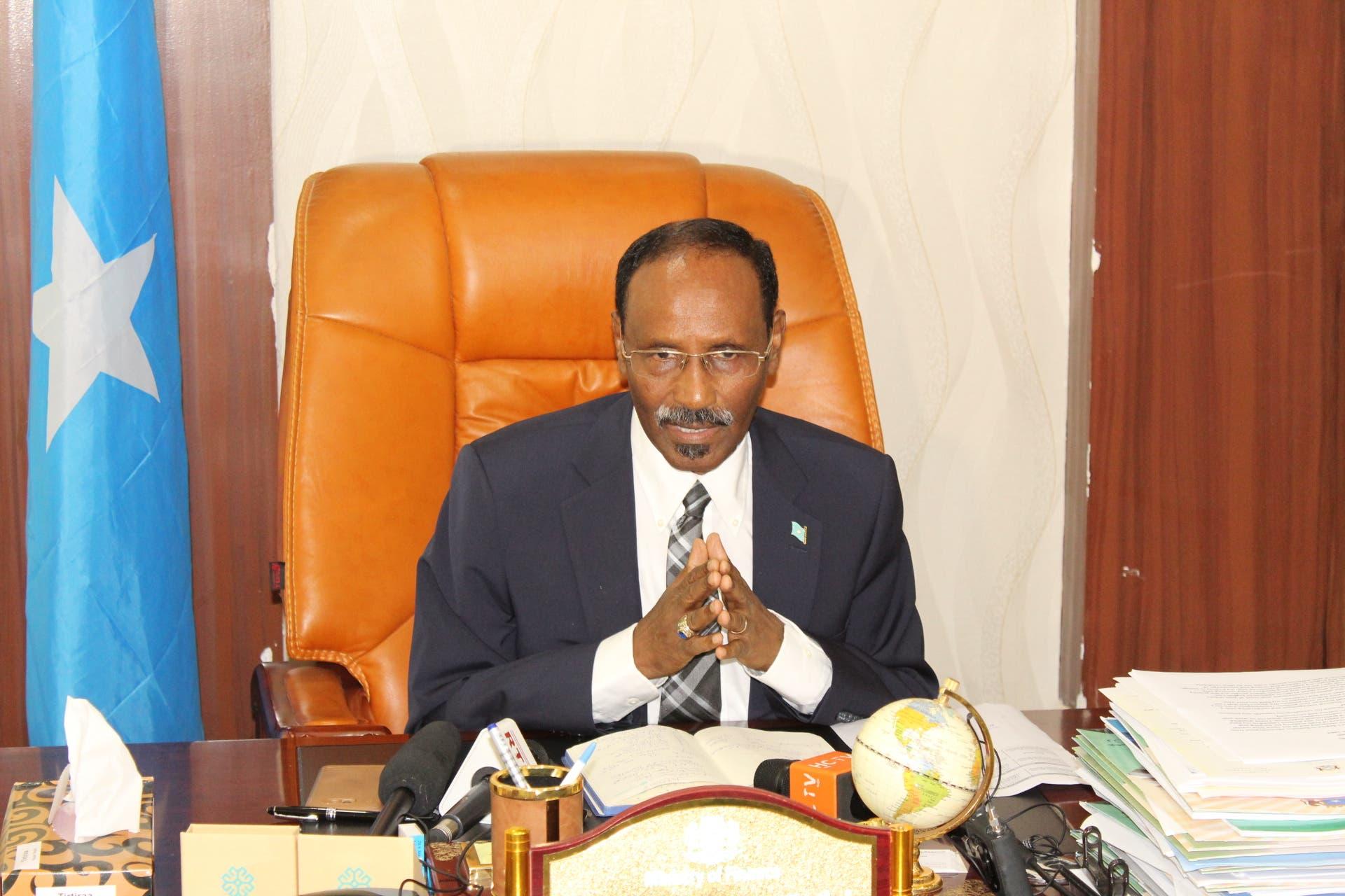 Prof. Yaxye Camir oo Beyle u jeediyey talo la xiriirta kiiska musuq-maasuqa
