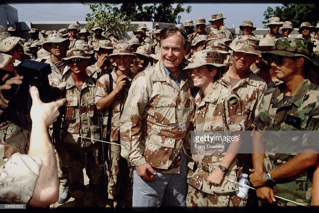 Howl-galkii George H Bush ee Somalia waxaa mid u eg billaabay Donald Trump