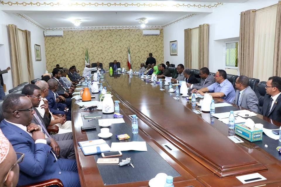 Somaliland 'oo ciqaabeysa' qof kasta oo ka qeyb qaata doorashada Soomaaliya