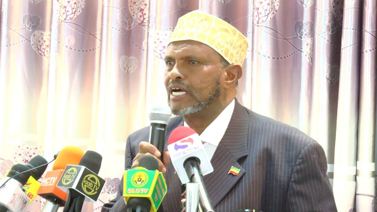 """""""Farmaajo dagaal buu kula jiray Somaliland hadeyna soo if-baxday cadawadii qarsoonayd"""""""