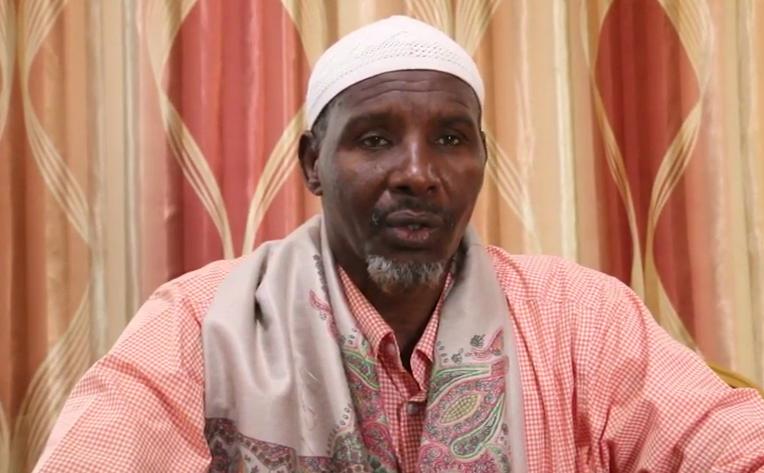 Mid ka mid ah ugaasyadii si weyn u diidanaa hanaanka doorashada Jubaland oo tanaasulay (Daawo Video)