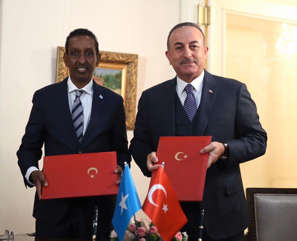 Somalia iyo Turkey oo kala saxiixday heshiisyo cusub