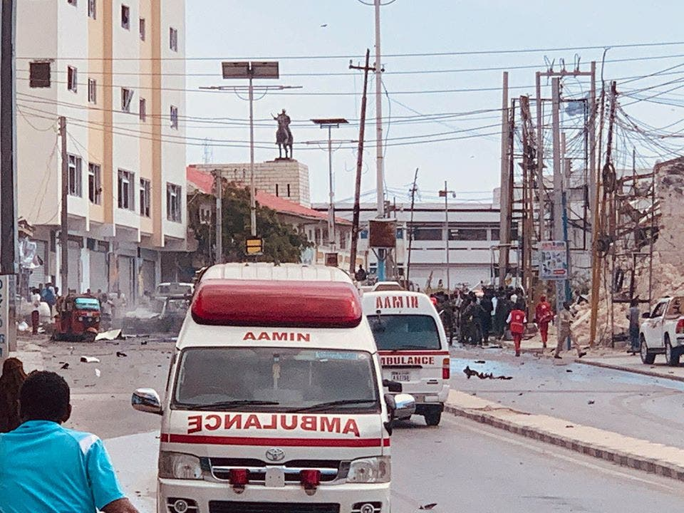 Somalia suicide bomber detonates in tea shop, killing 2