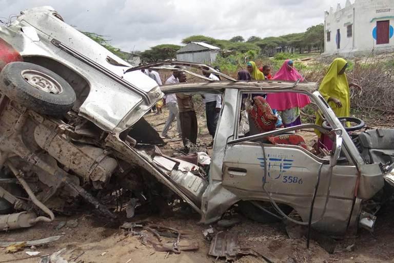 10 killed, 13 Wounded as passenger bus hits roadside bomb outside Mogadishu