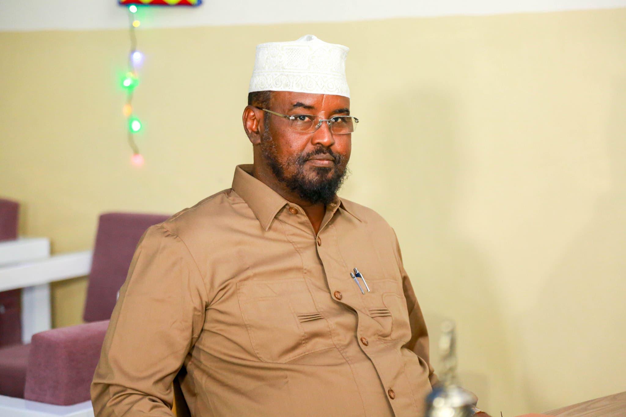Qoraal Villa Somalia kasoo baxay oo muujiyey in Axmed Madoobe uu ku adkaaday dagaalkii uu la galay dowlada