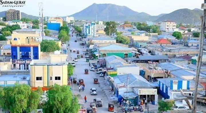 Somaliland oo maxkamad soo taageysa dhallinyaro ay ku haysato arrin yaab leh