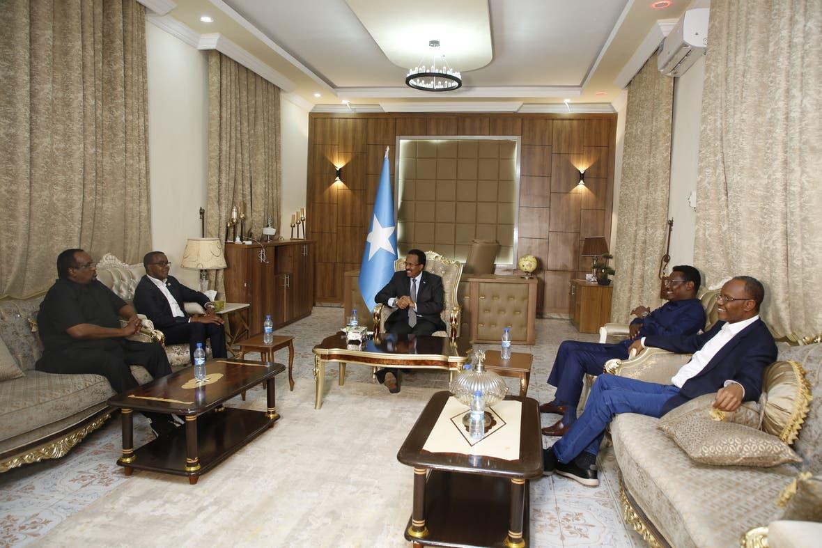 Villa Somalia oo war kasoo saartay kulankii ka dhacay Dhuusmareeb + Sawirro