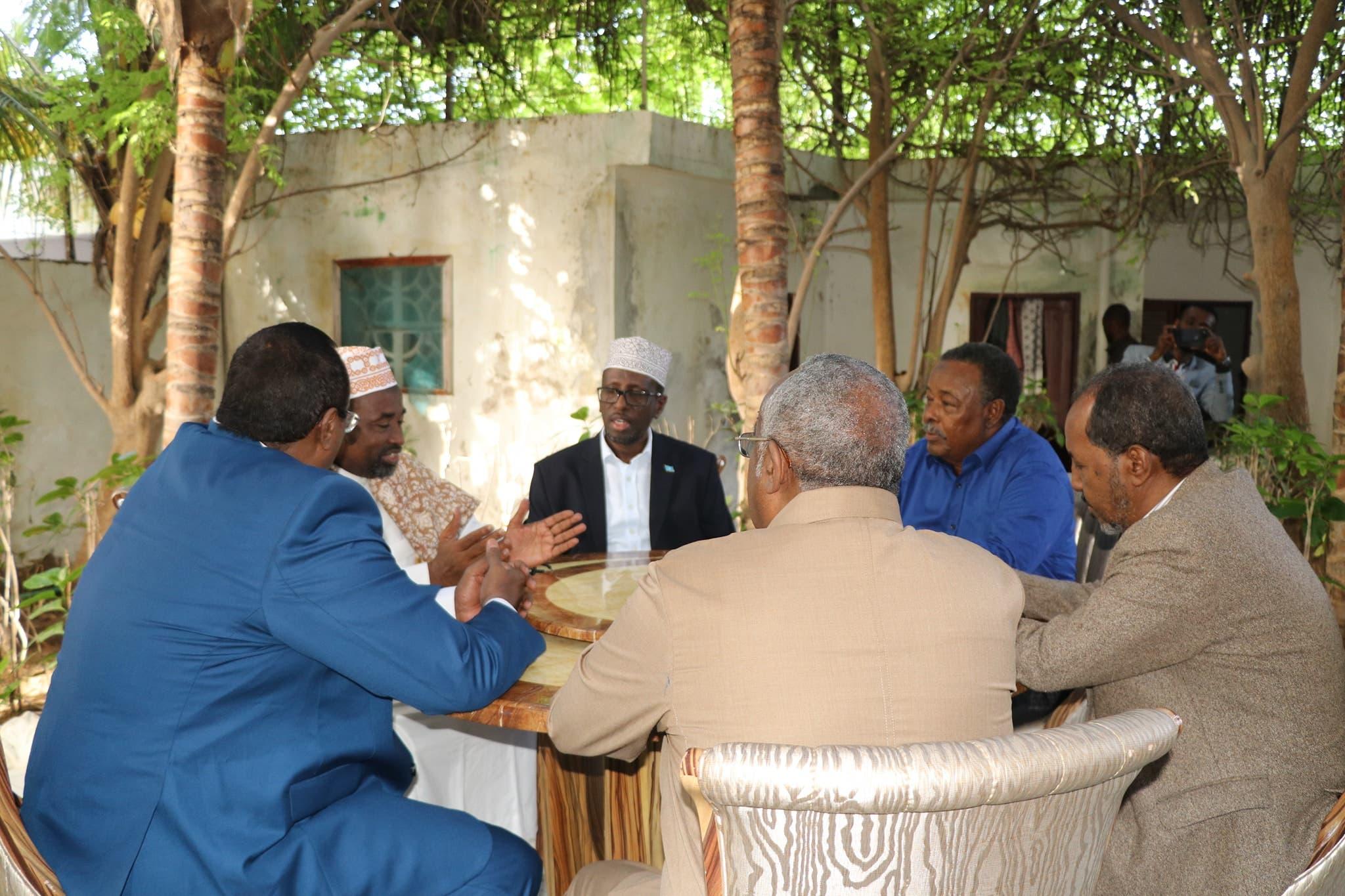 Sawirro: Cali Mahdi, Shariif iyo Xasan oo Muqdisho kula kulmay Waare + Ujeedka