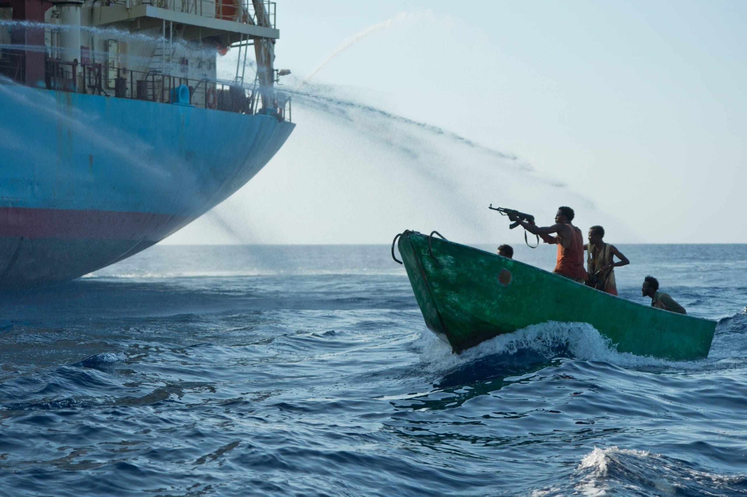 Midowga Yurub oo weerar ka fuliyey xeebaha Somalia