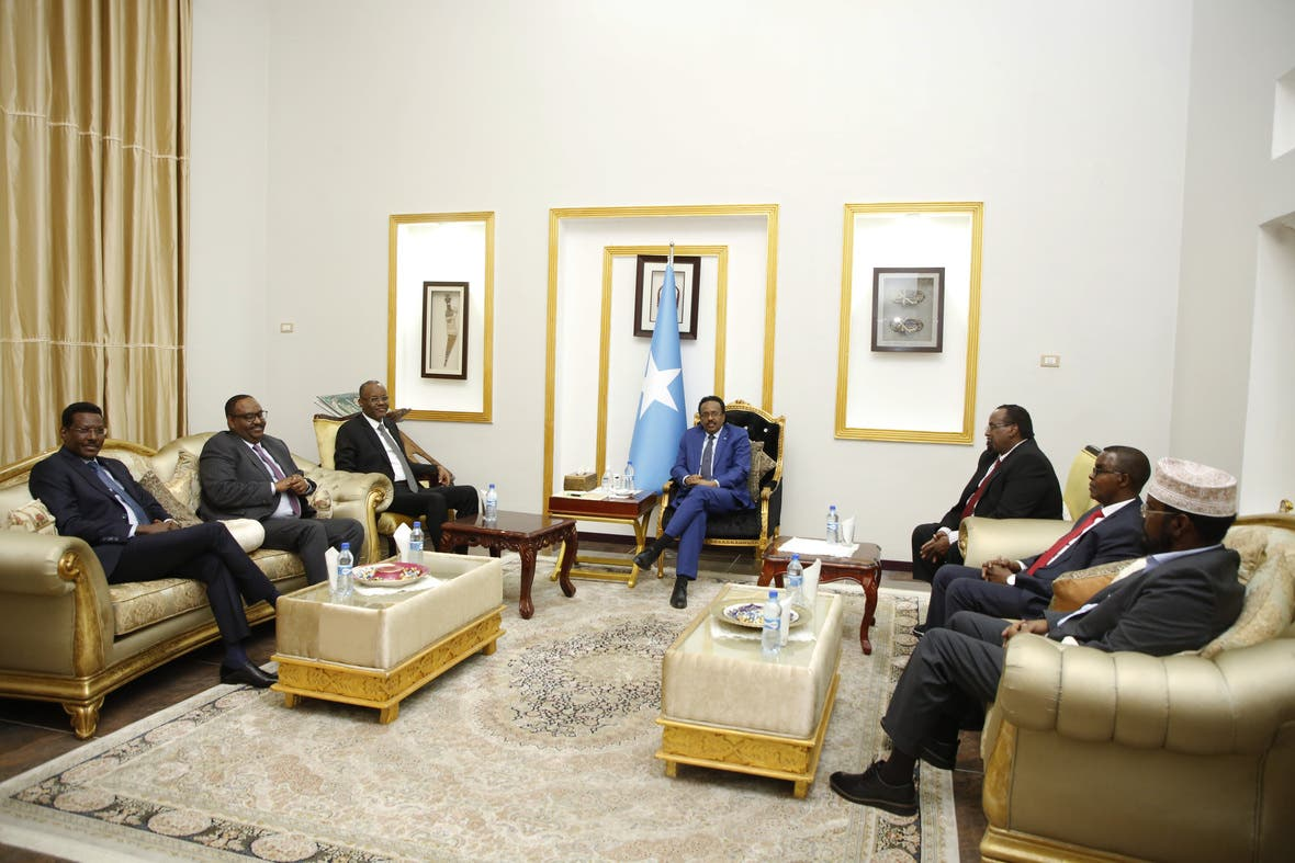 Villa Somalia oo war kasoo saartay kulankii Farmaajo iyo madax goboleedyada