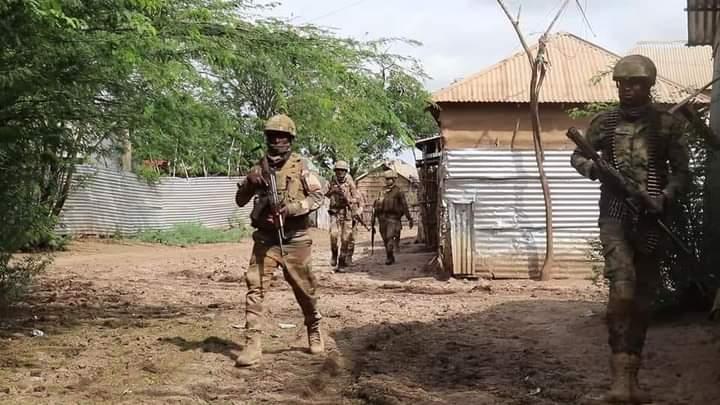 Ciidanka DF oo gubay xarumo ay lahaayeen Al-Shabaab