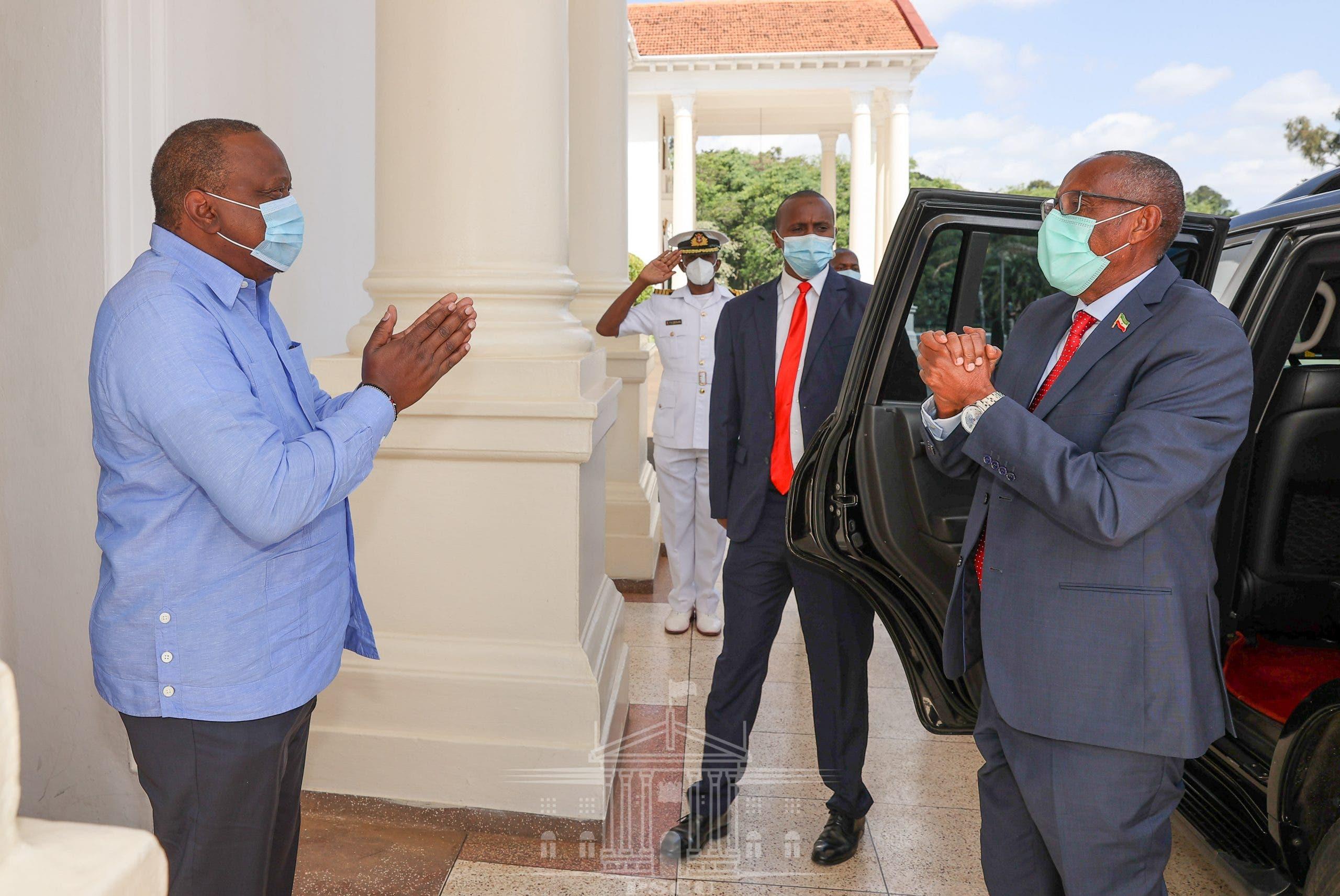 Dowladda Kenya oo war ka soo saartay kulankii Uhuru iyo Muuse Biixi + Sawirro