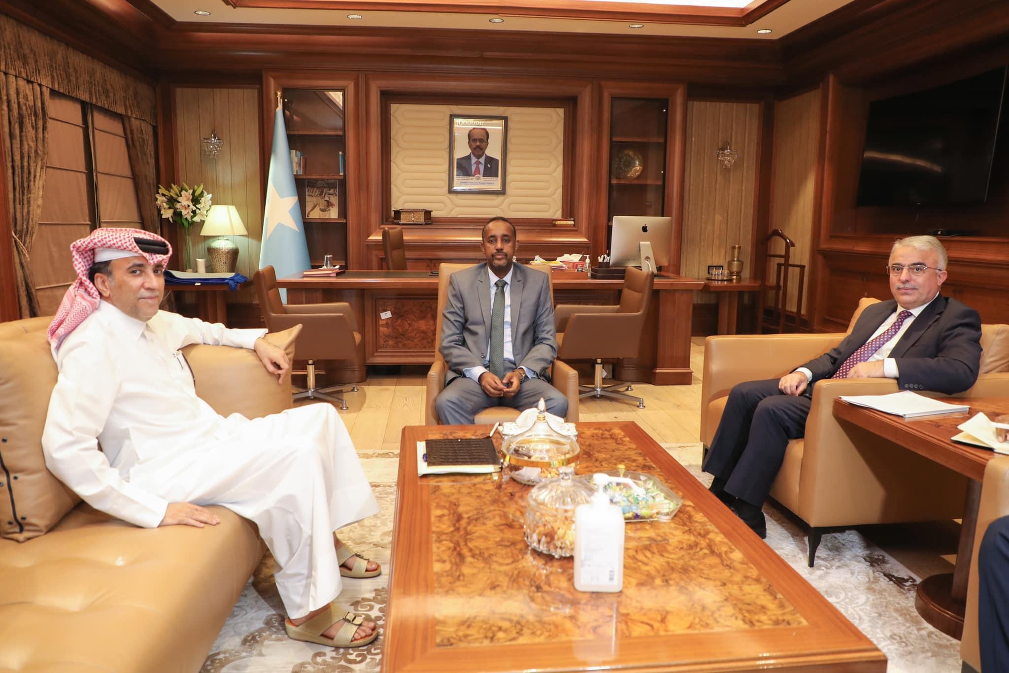 Sawirro: Safiirada Qatar iyo Turkey oo si wadajir ah ula kumay Rooble + Ujeedka
