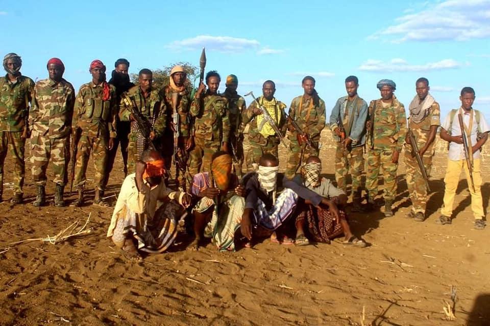 Ciidanka DF oo nolosha ku qabtay xubno ka tirsan Al-Shabaab + Sawirro