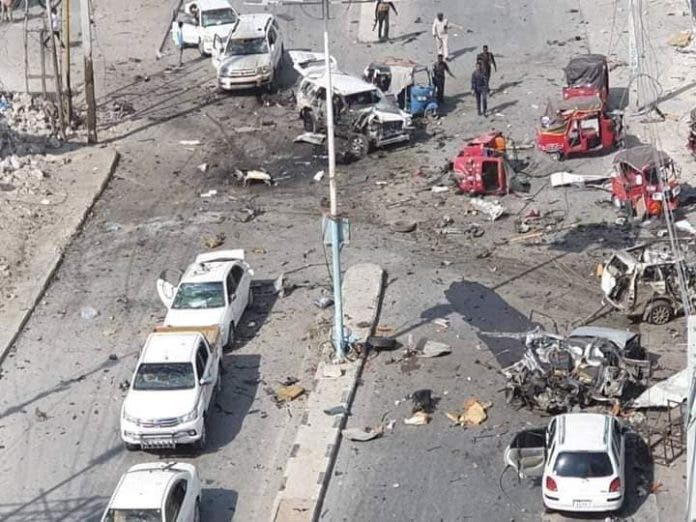Car bomb kills at least 7 near presidential palace in Somalia
