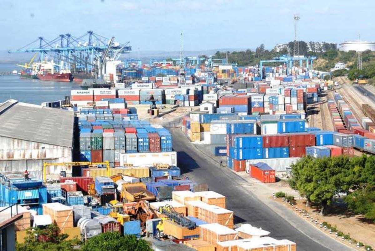 Maxaa ka jiraa in Kenya lagala wareegayo dekedda Mombasa?