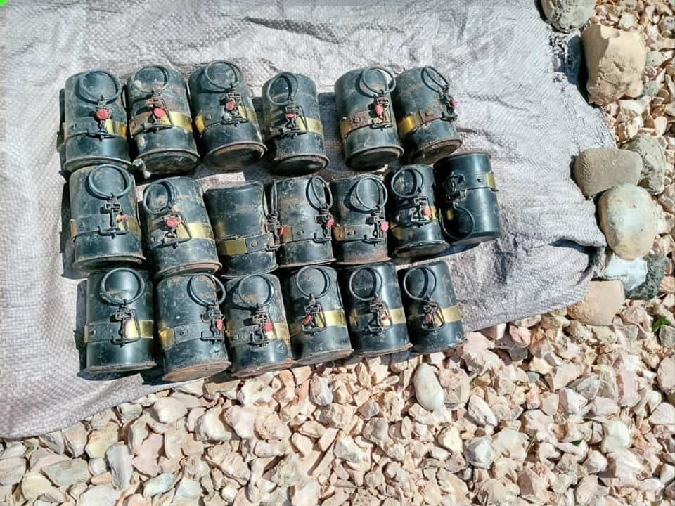 Sawirro: Ciidamada Puntland oo gacanta ku dhigay keydka qaraxyada ee Al-Shabaab
