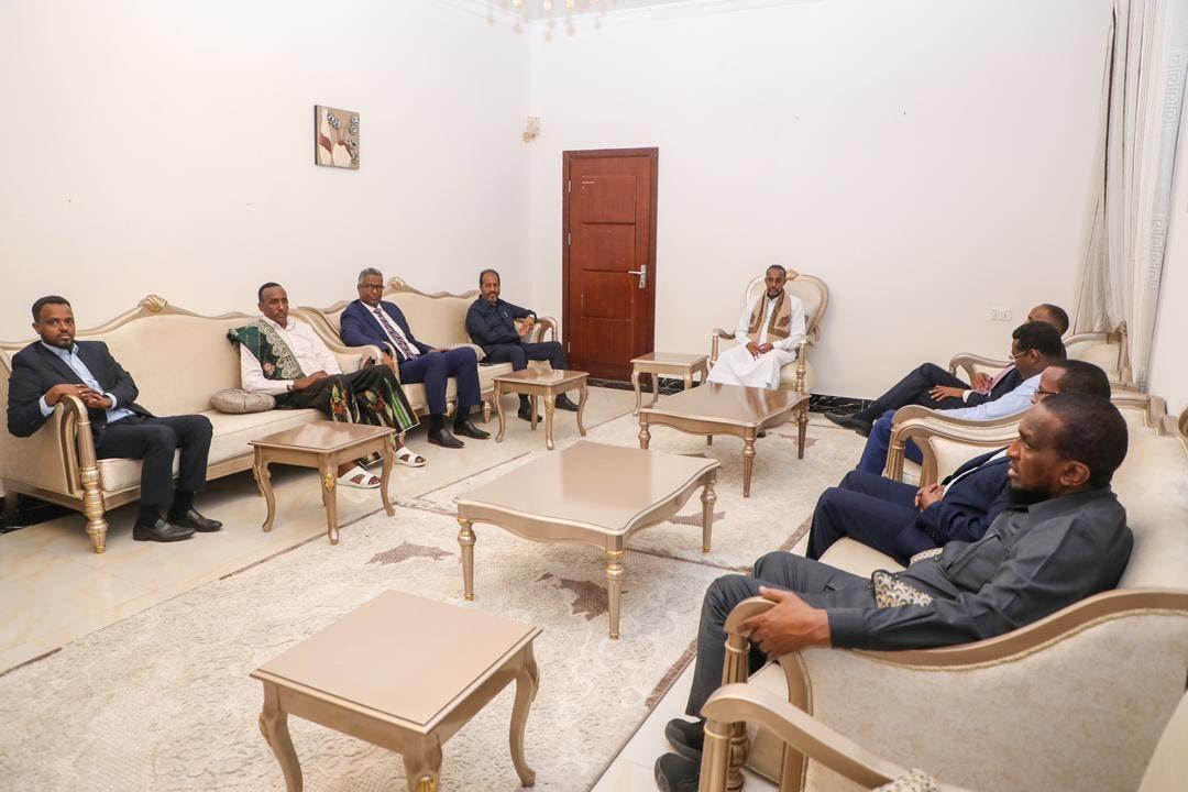Sawirro: Shir Muqdisho uga socda Rooble, Guudlaawe, Qoor Qoor iyo musharaxiinta