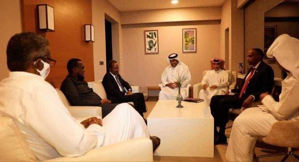 Sawirro: Wafdigii ka socday Qatar oo caawa kulan la leh midowga musharaxiinta