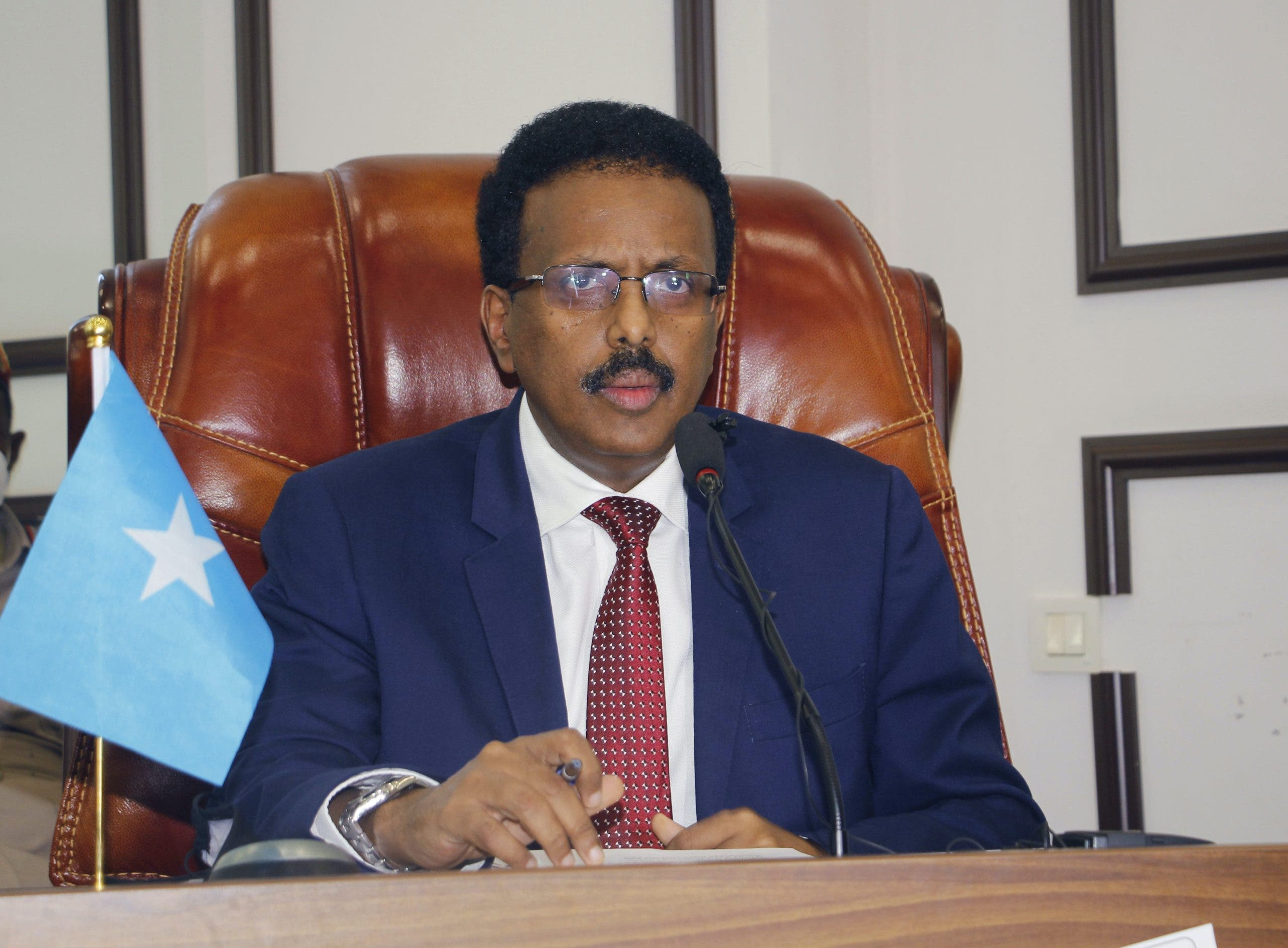 Somali lawmakers reverse president's extended stay in power