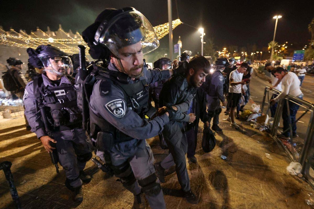 Sawirro: Xiisadda Al-Aqsa oo kasii dartay iyo Yahuudda oo mar kale xalay weeraray