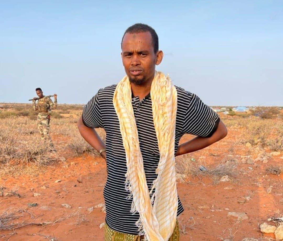 Dowlada oo soo bandhigtay sarkaal tirsan Al-Shabaab