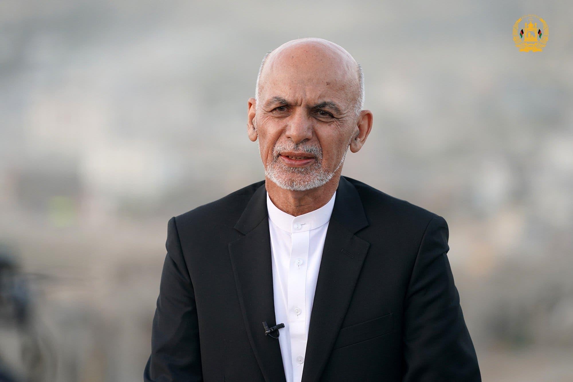 Madaxweyne Ashraf Ghani oo ka cararay Afghanistan iyo wararkii ugu dambeeyeey
