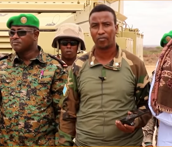 Daawo: Sarkaal soo jeediyey arrin la xiriirta xaasaska Al-Shabaab oo muran dhalisay